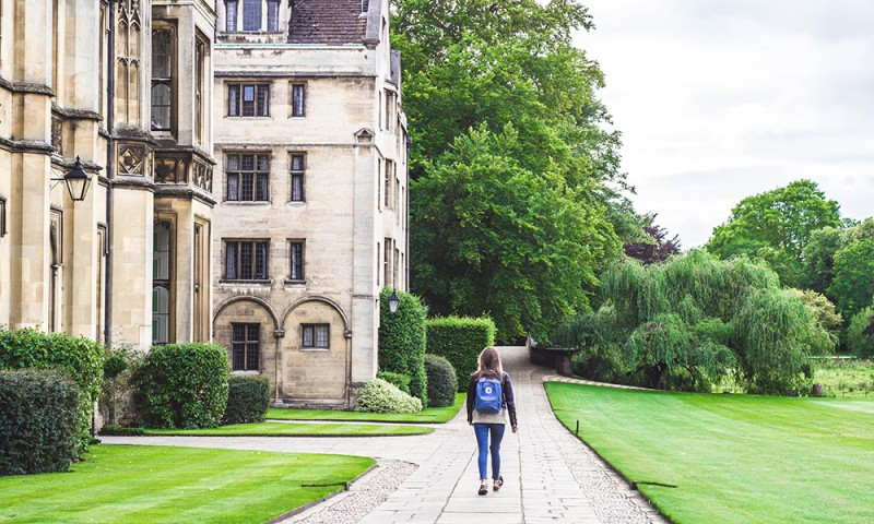 english teenagers summer Cambridge Elduaien